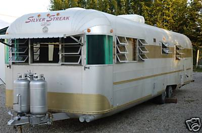 1973 Silver Streak travel trailer 33